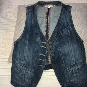 CABI Awesome Jean vest!